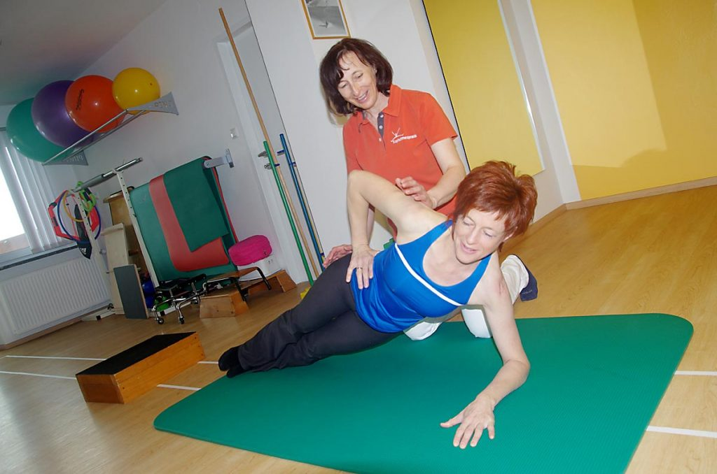 Übung zur Stärkung der Becken- und Rückenmuskulatur